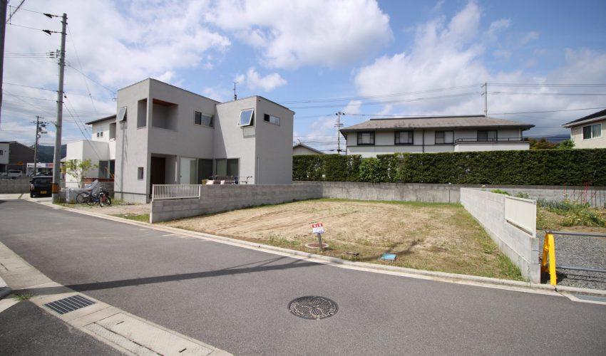 愛媛県東温市南方注文住宅建築用地写真