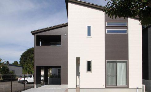 オープンガレージの家